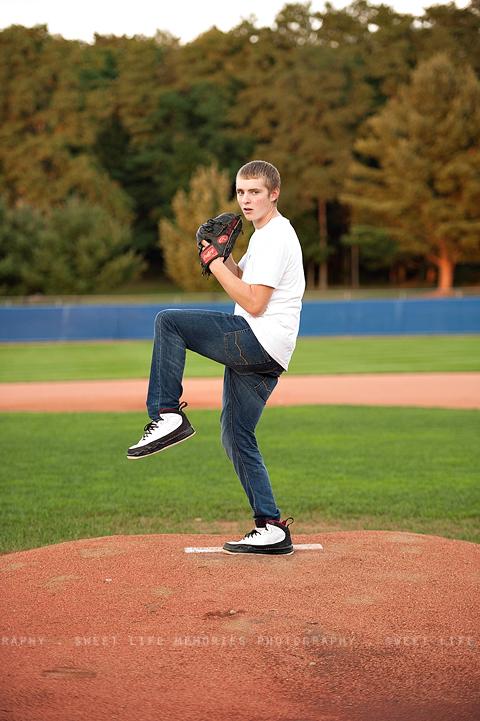 senior guy baseball picture
