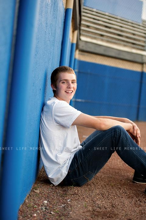 senior-guy-photos-12