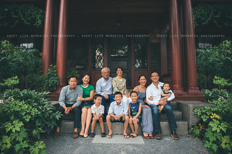 Extended Family Session in Bar Harbor, Maine
