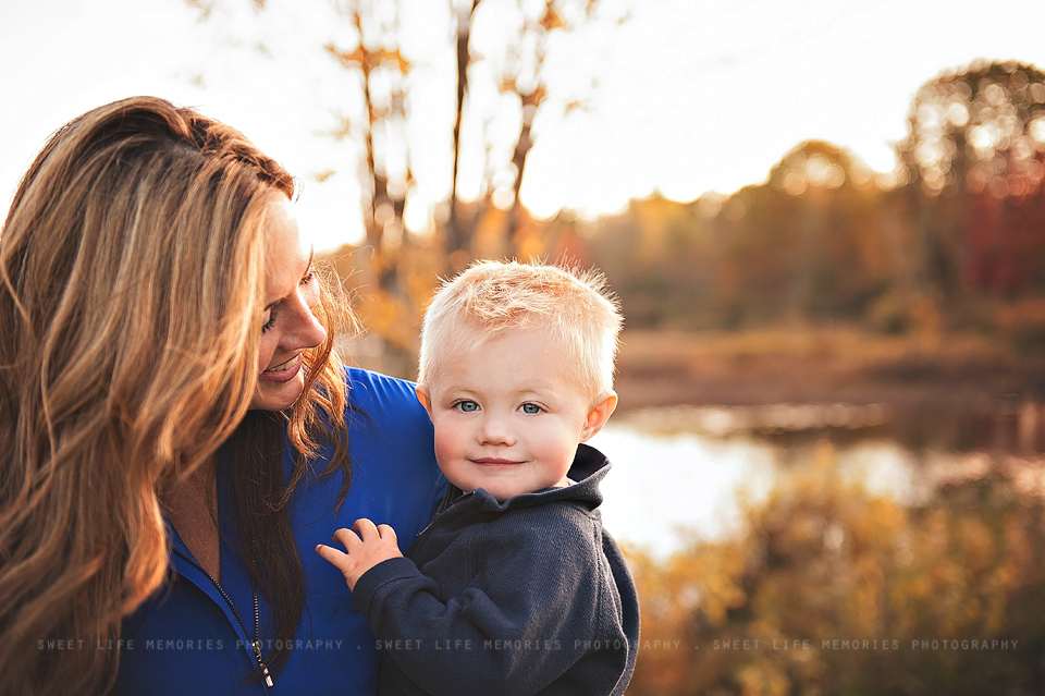 7b-mother-and-son