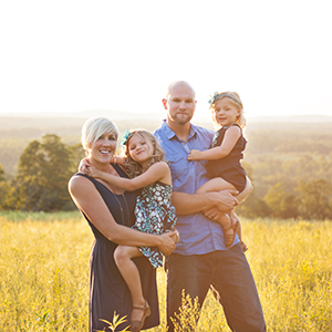 outdoor family pictures on a farm