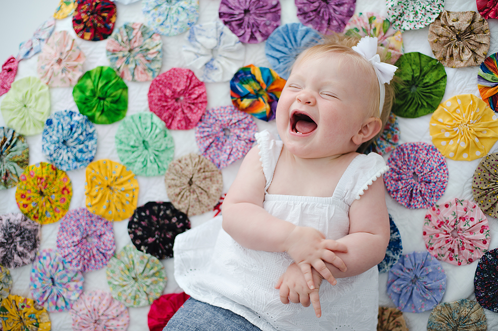 baby laughing yo yo quilt